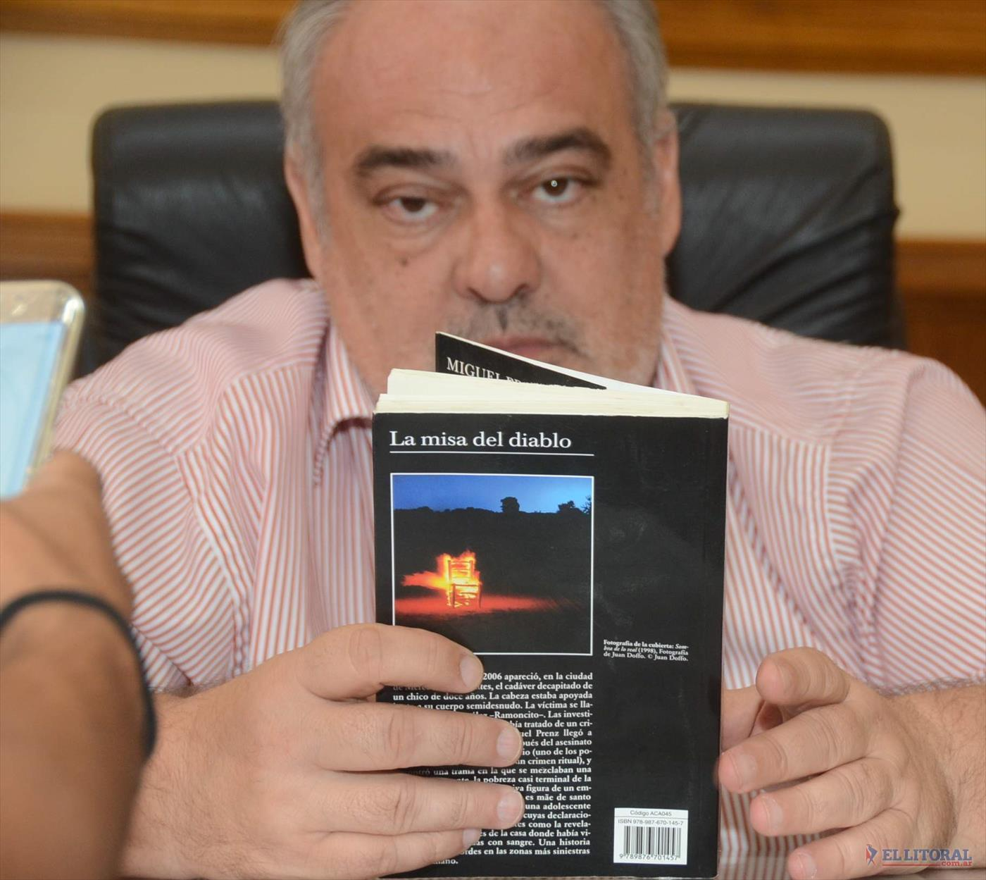 Misa con el diablo. Ricardo Colombi, gobernador de Corrientes.